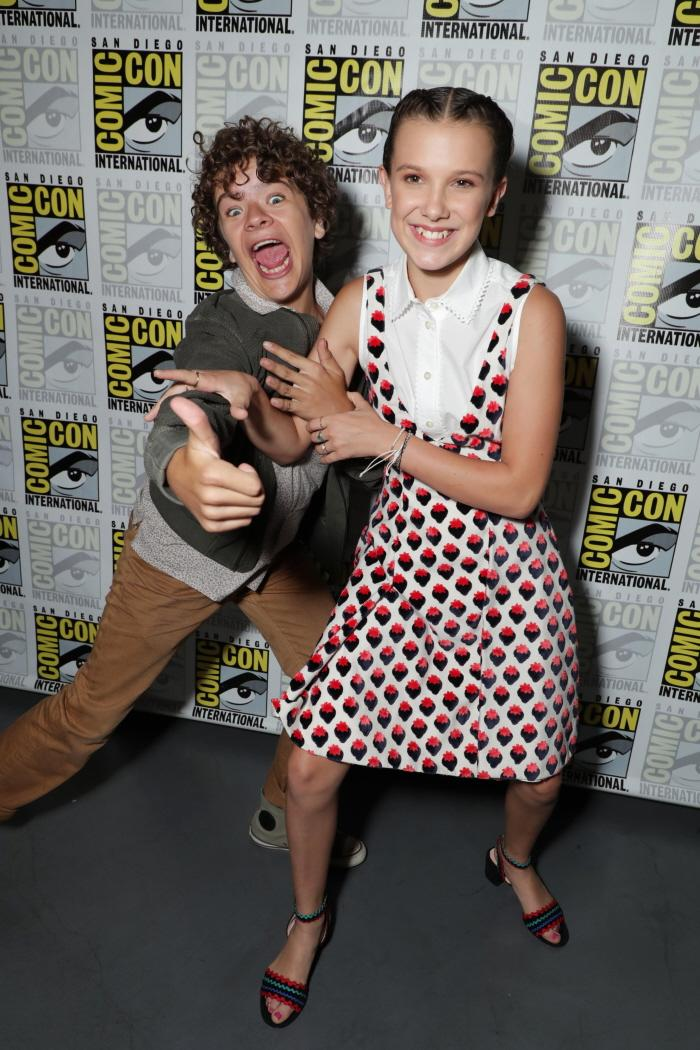 Gaten Matarazzo and Millie Bobby Brown at San Diego Comic-Con 2017.