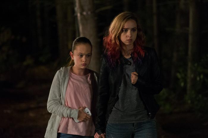 Ella Ballentine and Zoe Kazan - The Monster